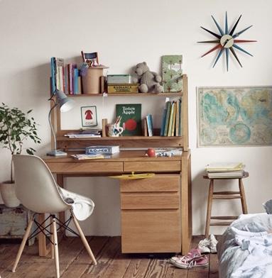 初めてのこども家具はFOPPISH DESK